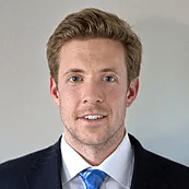 Brett Hannigan, Investment banking analyst review
